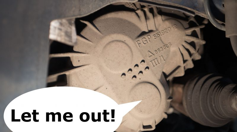 "M32 gearbox mounted in a Vauxhall car, text bubble pointing at the 6th gear bearing with the text saying ""let me out"""