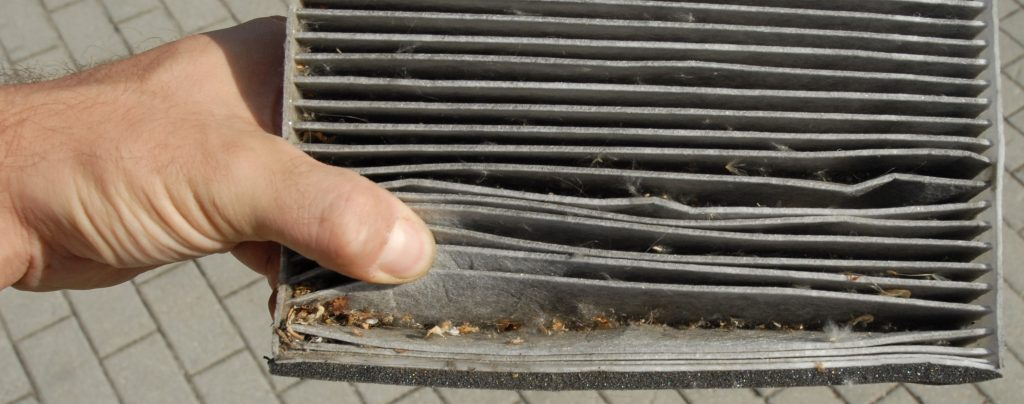 dirty cabin filter